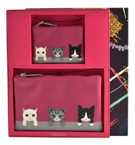 Cats on Wall Gift Set